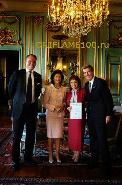 Королева Швеции, Полежаева и руководство Орифлейм