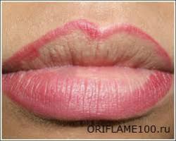 Как правильно красить губы карандашом