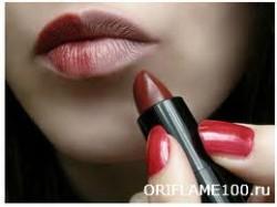 Как правильно красить губы тональным кремом