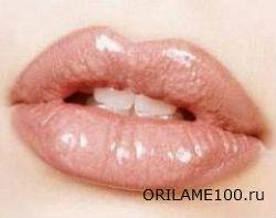 Как правильно красить губы помадой